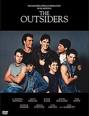 80年代の代表的な青春映画アウトサイダーではトムクルーズも出演しています