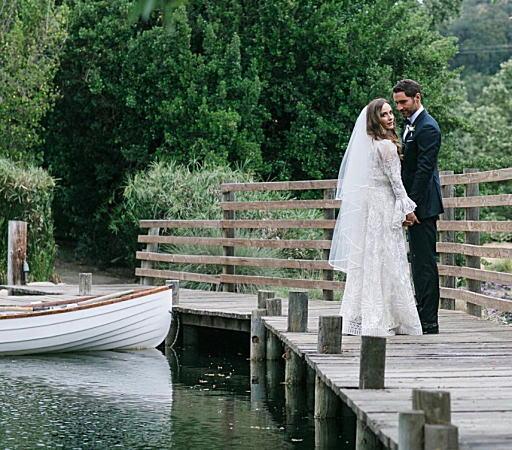 ルシファーのトム・エリスが結婚(画像)