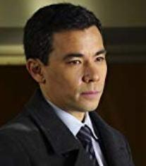 殺人を無罪にする方法のオリバー役コンラッド・リカモラ